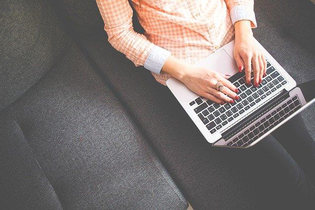 Porady online, czyli przez internet, które najpopularniejsze i dlaczego?